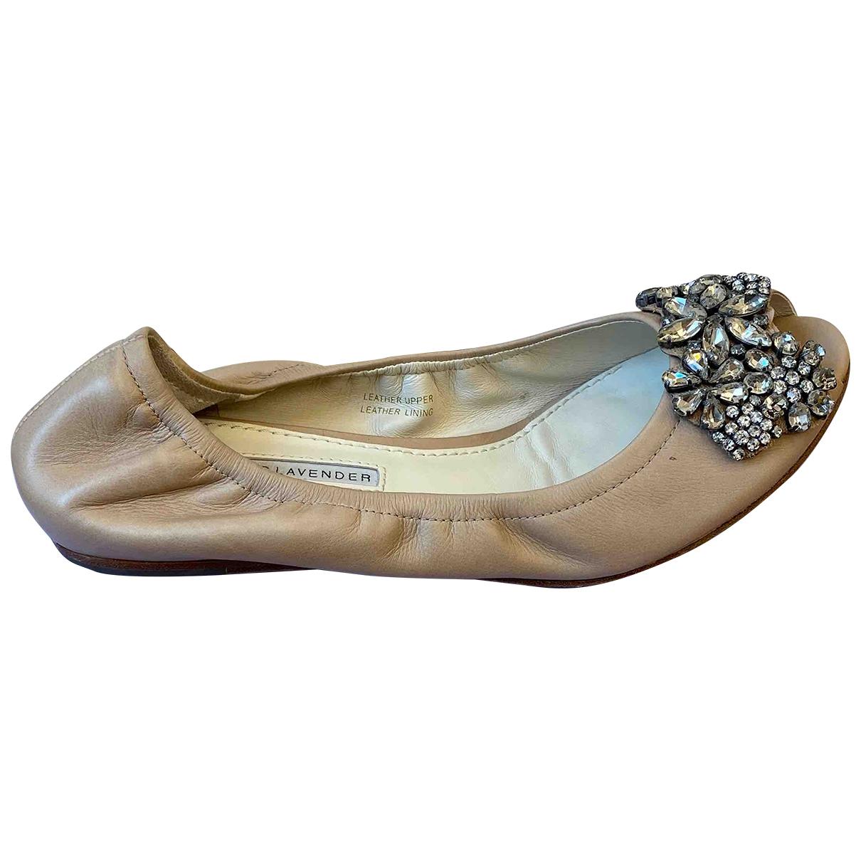 Vera Wang \N Ballerinas in  Beige Leder