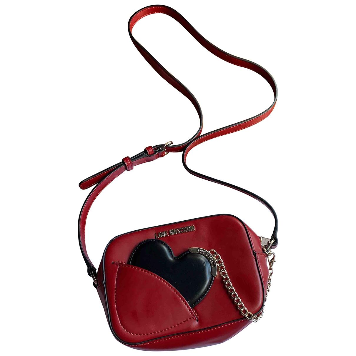 Moschino Love \N Clutch in  Rot Leder