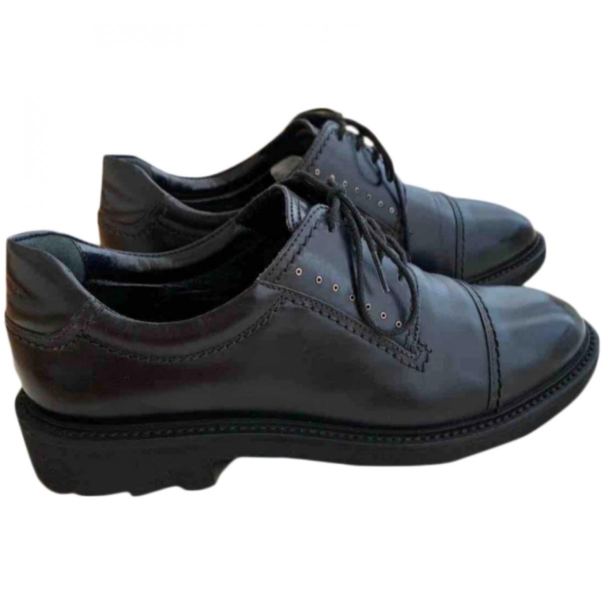 Salvatore Ferragamo \N Black Leather Lace ups for Women 36.5 EU