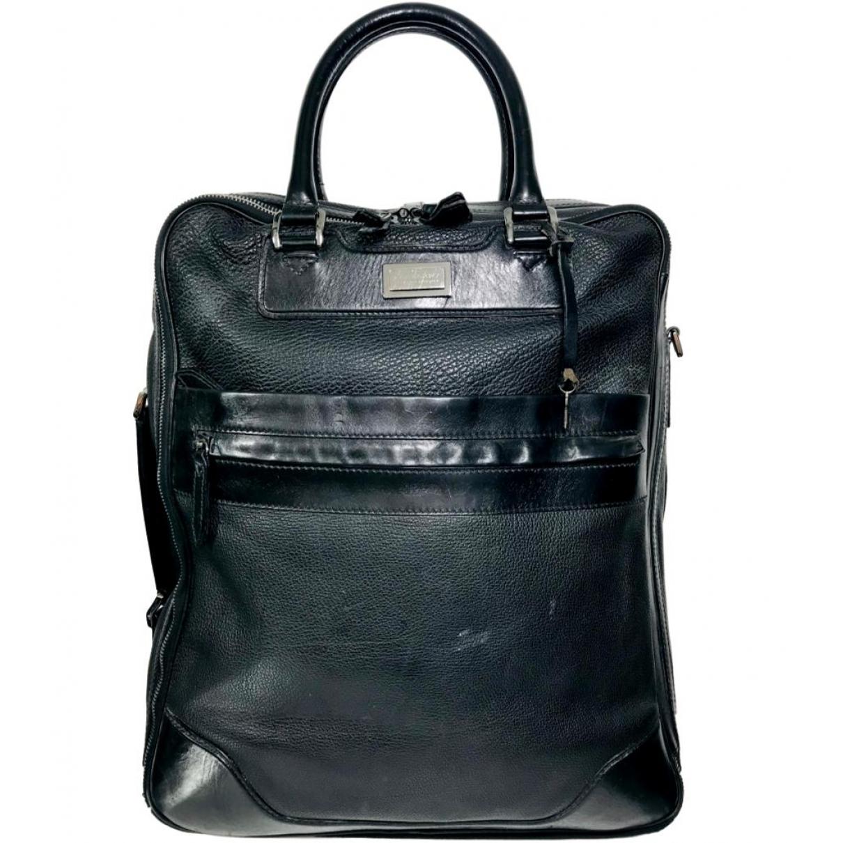 Burberry \N Taschen in  Schwarz Leder