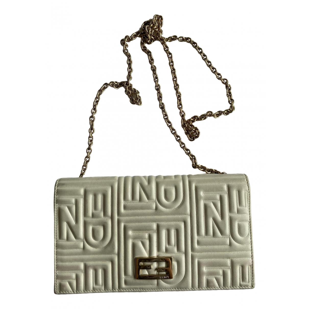 Fendi N White Leather handbag for Women N