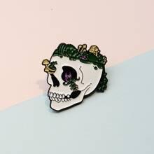 Kids Skull Design Brooch