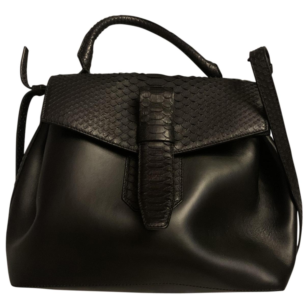 Lancel Charlie Handtasche in  Schwarz Python