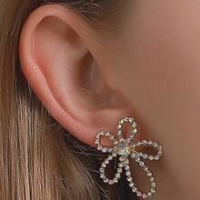 Rhinestone Decor Flower Design Stud Earrings