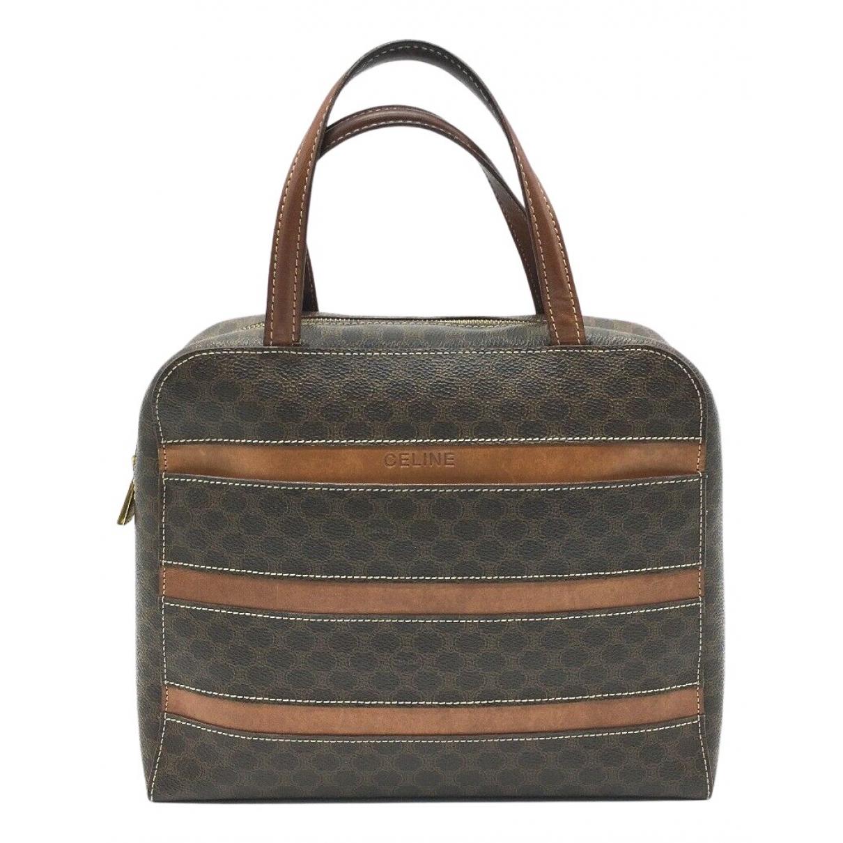 Celine \N Handtasche in  Braun Leinen