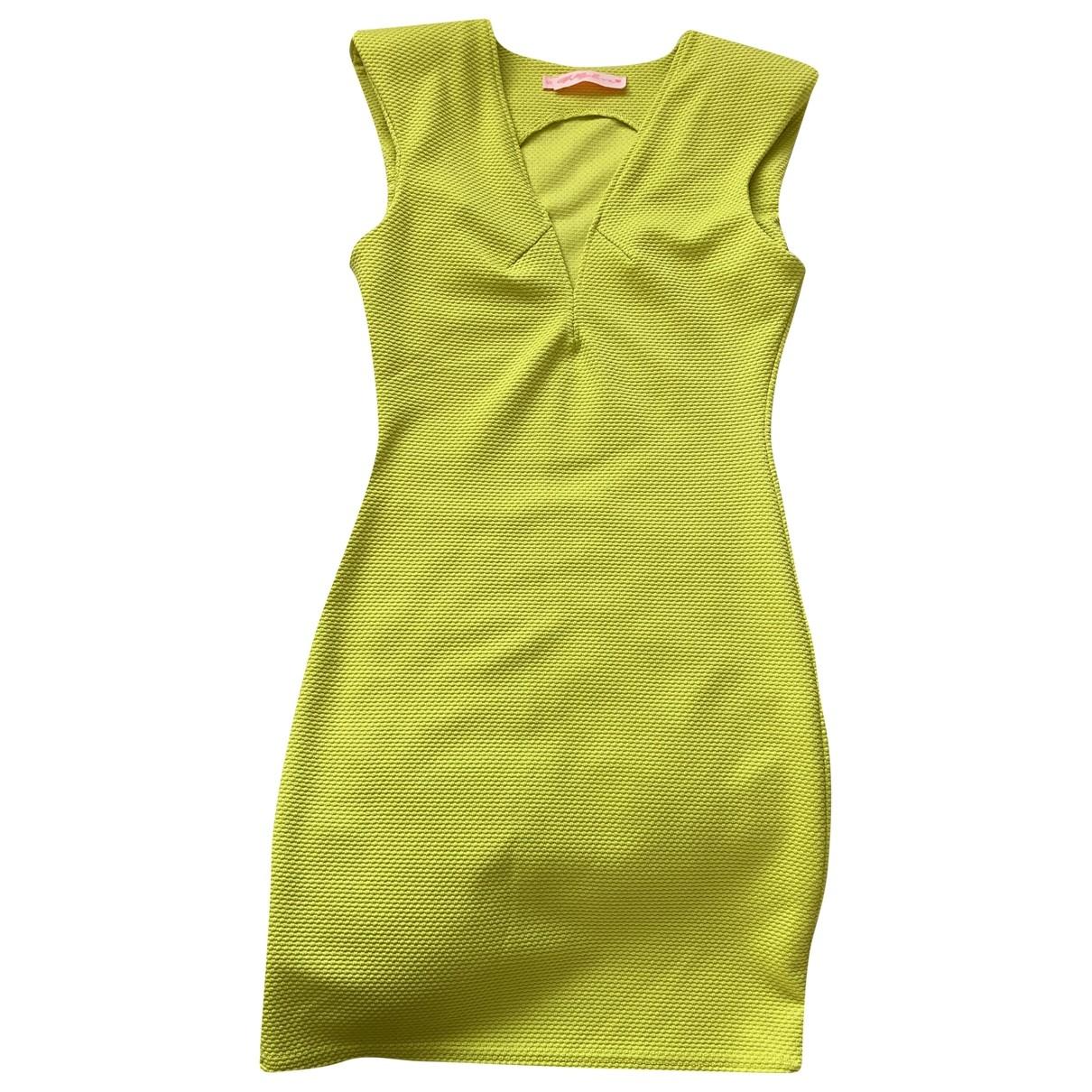 Non Signe / Unsigned \N Kleid in  Gruen Polyester