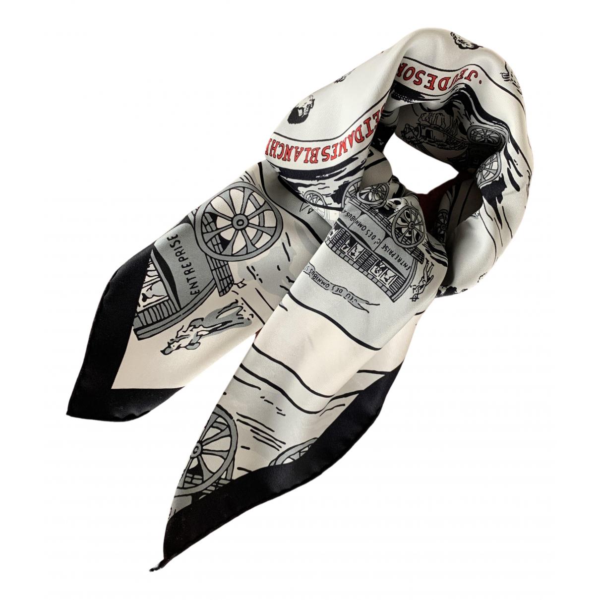 Hermès Carré 70 Black Silk Silk handkerchief for Women \N