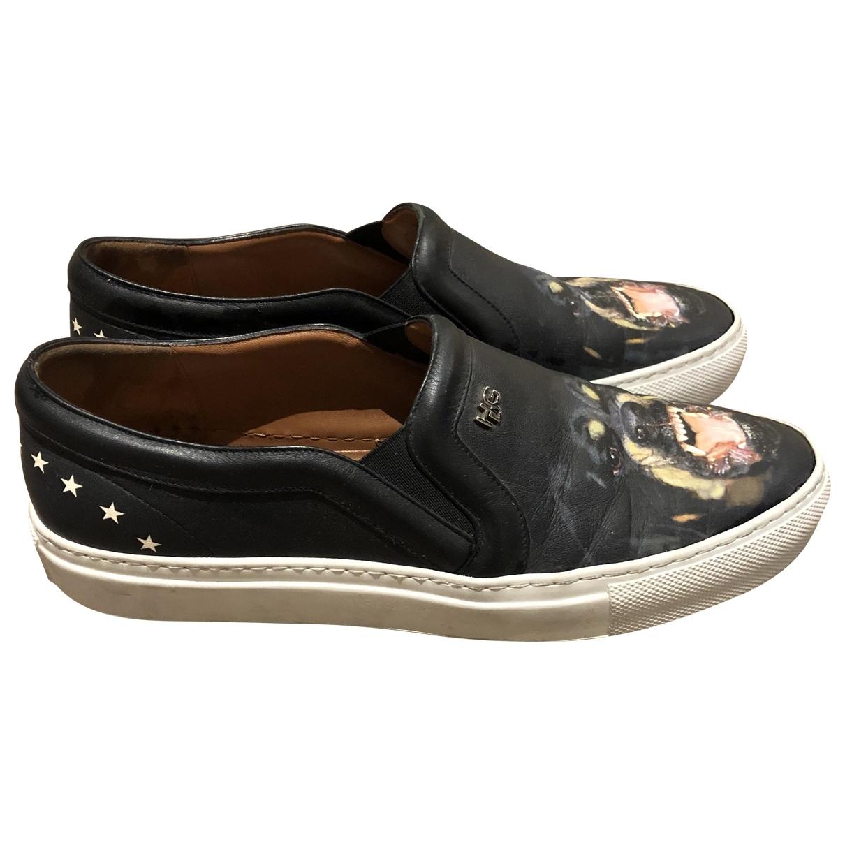 Givenchy \N Sneakers in  Schwarz Leder