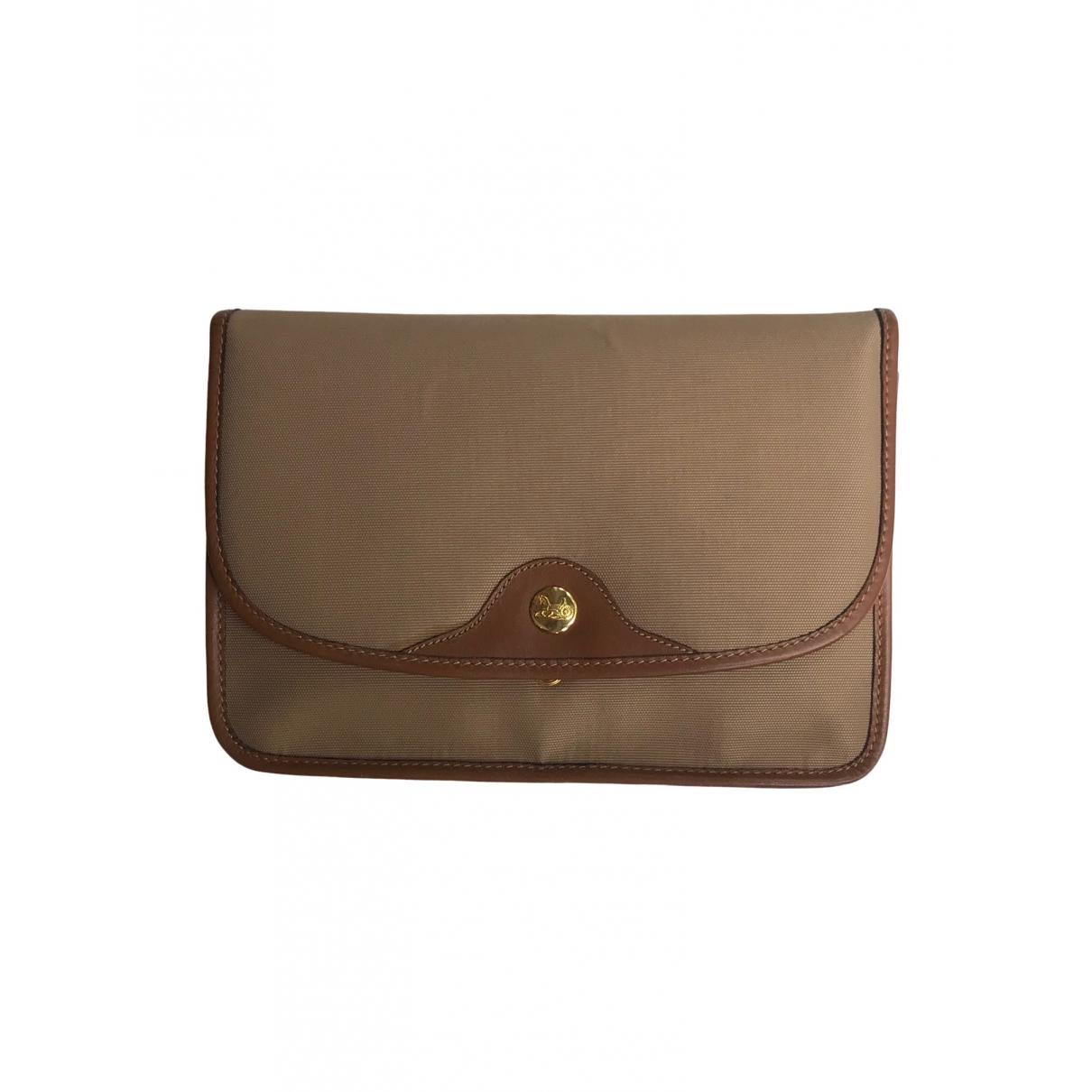 Celine \N Beige Cloth Clutch bag for Women \N