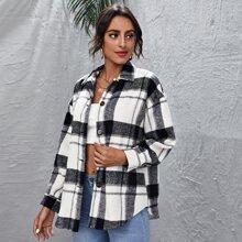 Einreihiger Mantel mit Taschen Flicken und Karo Muster