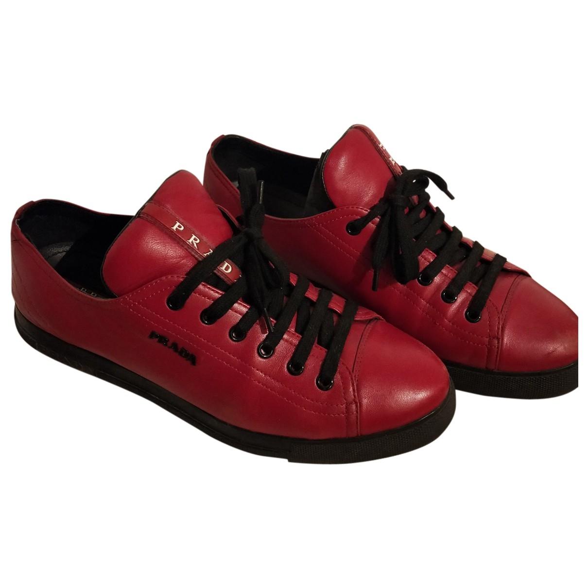 Prada - Baskets   pour femme en cuir - rouge