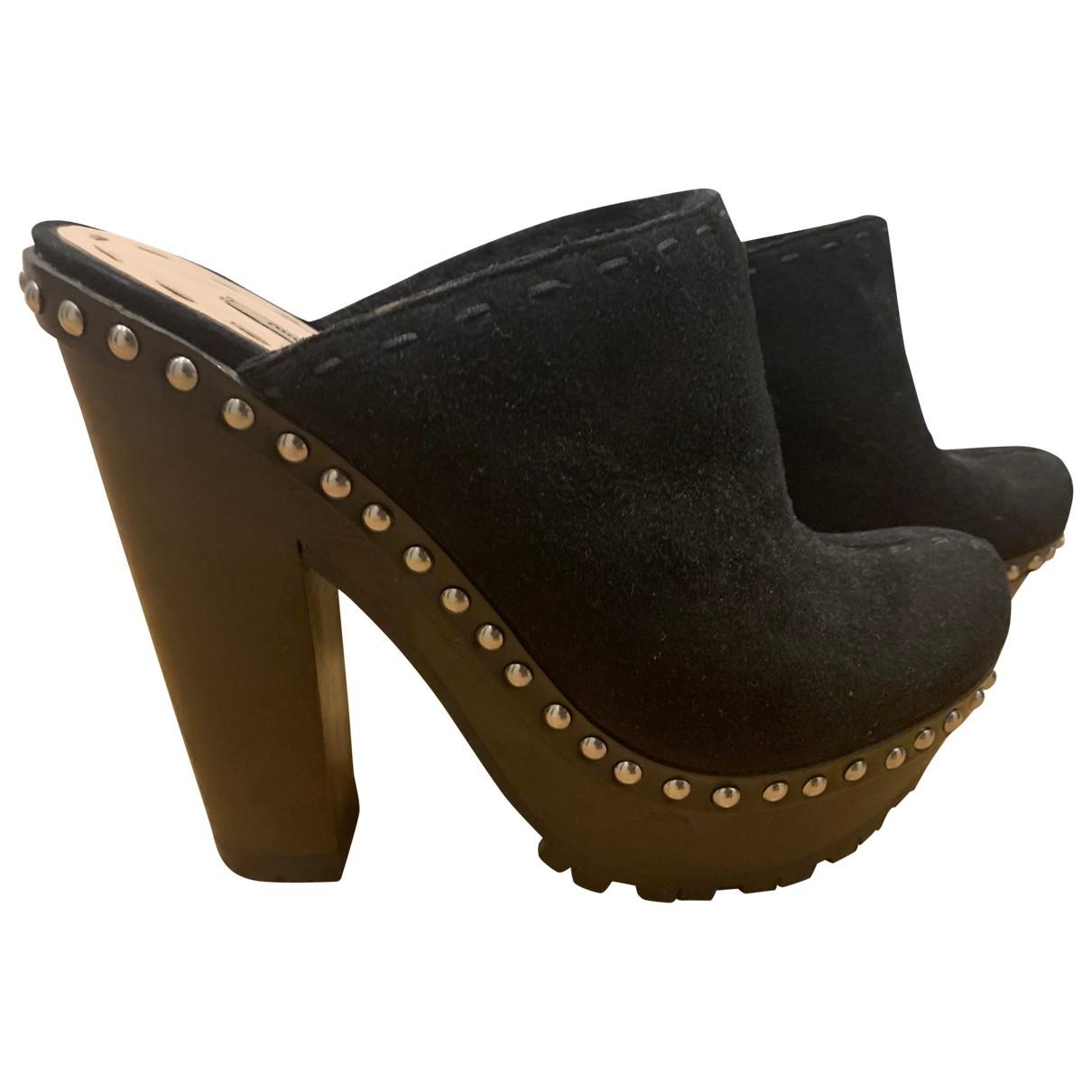 Miu Miu \N Black Suede Mules & Clogs for Women 40.5 EU