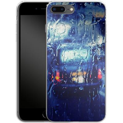 Apple iPhone 8 Plus Silikon Handyhuelle - London Taxi In The Rain von Ronya Galka