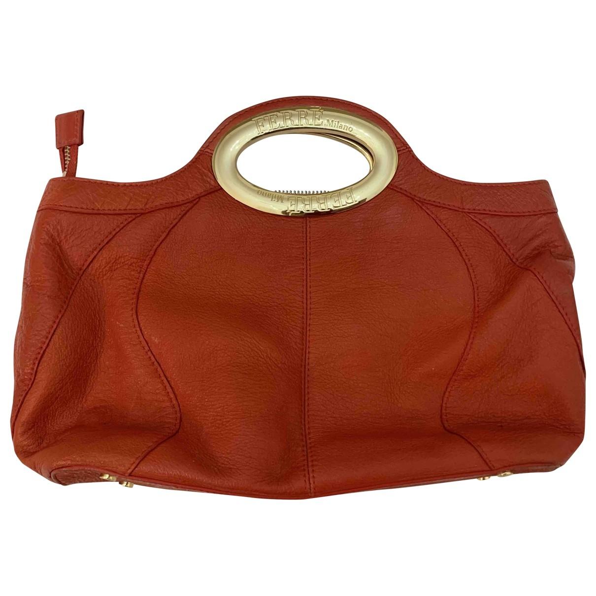 Gianfranco Ferre \N Handtasche in  Rot Leder