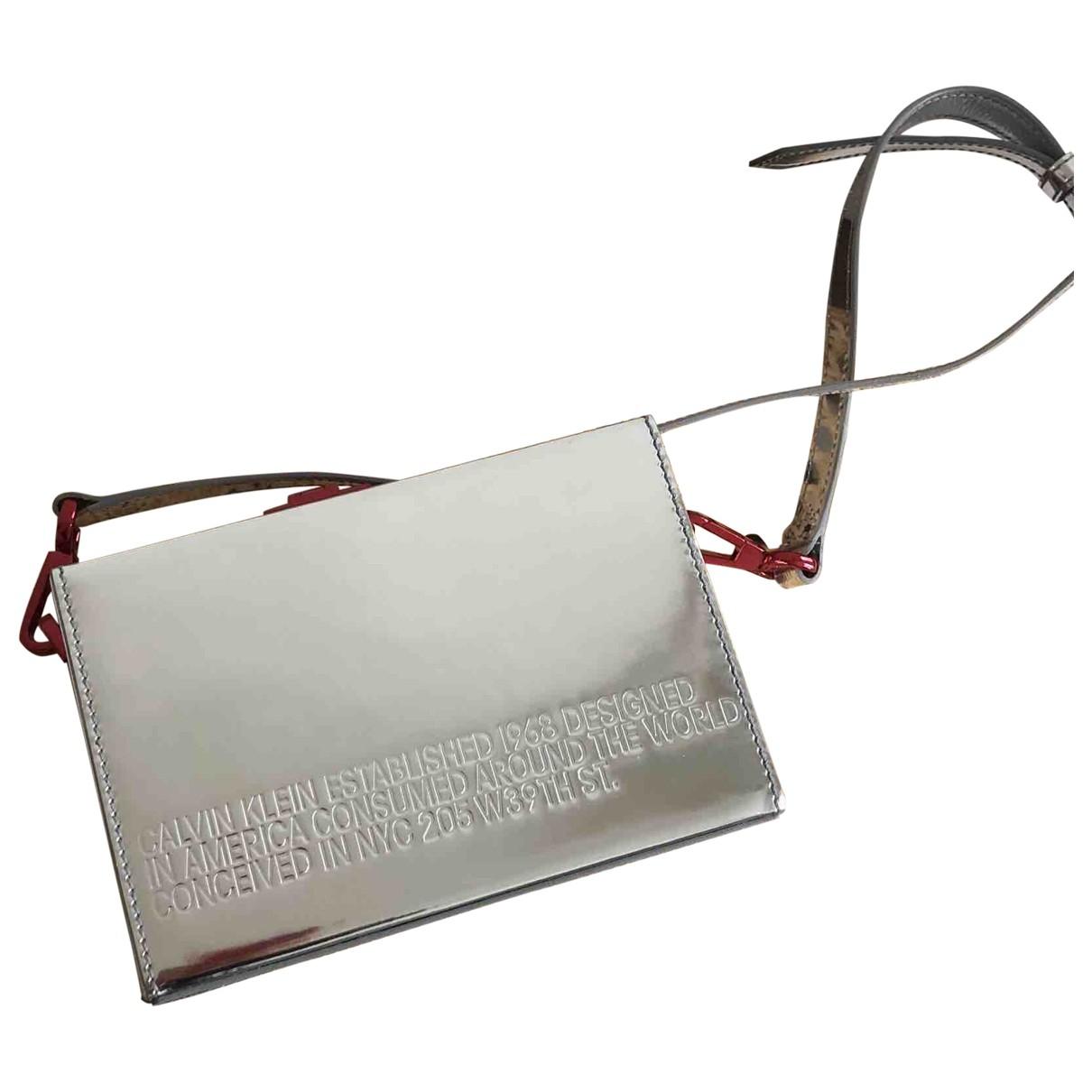 Calvin Klein 205w39nyc \N Clutch in  Silber Leder