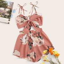 Top de tirante con cordon delantero fruncido floral grande con shorts