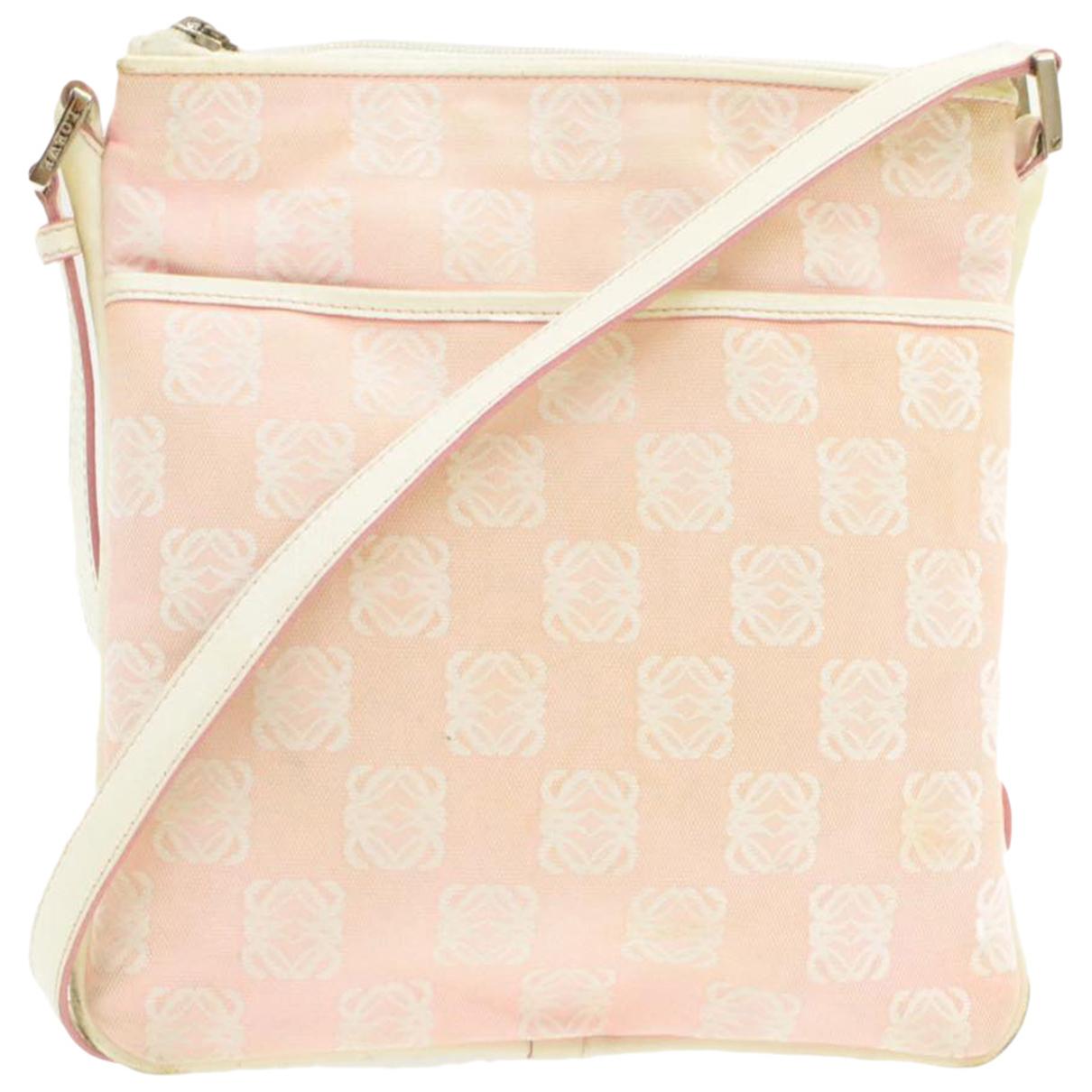 Loewe \N Handtasche in  Rosa Leinen