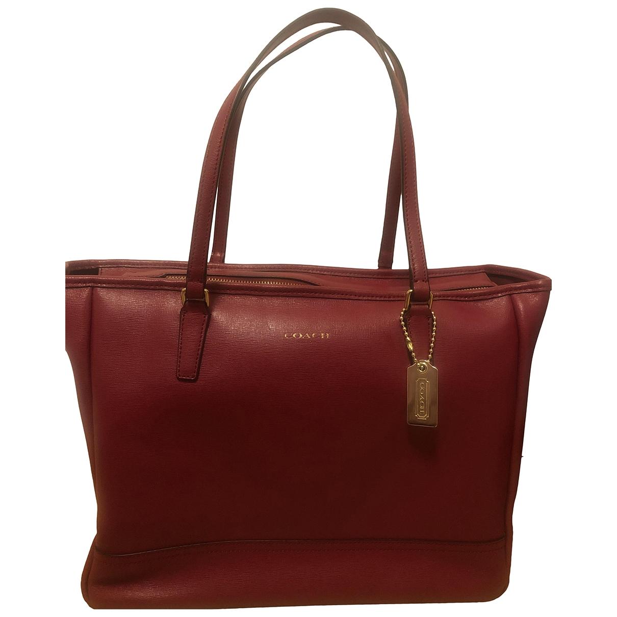 Coach \N Burgundy Leather handbag for Women \N