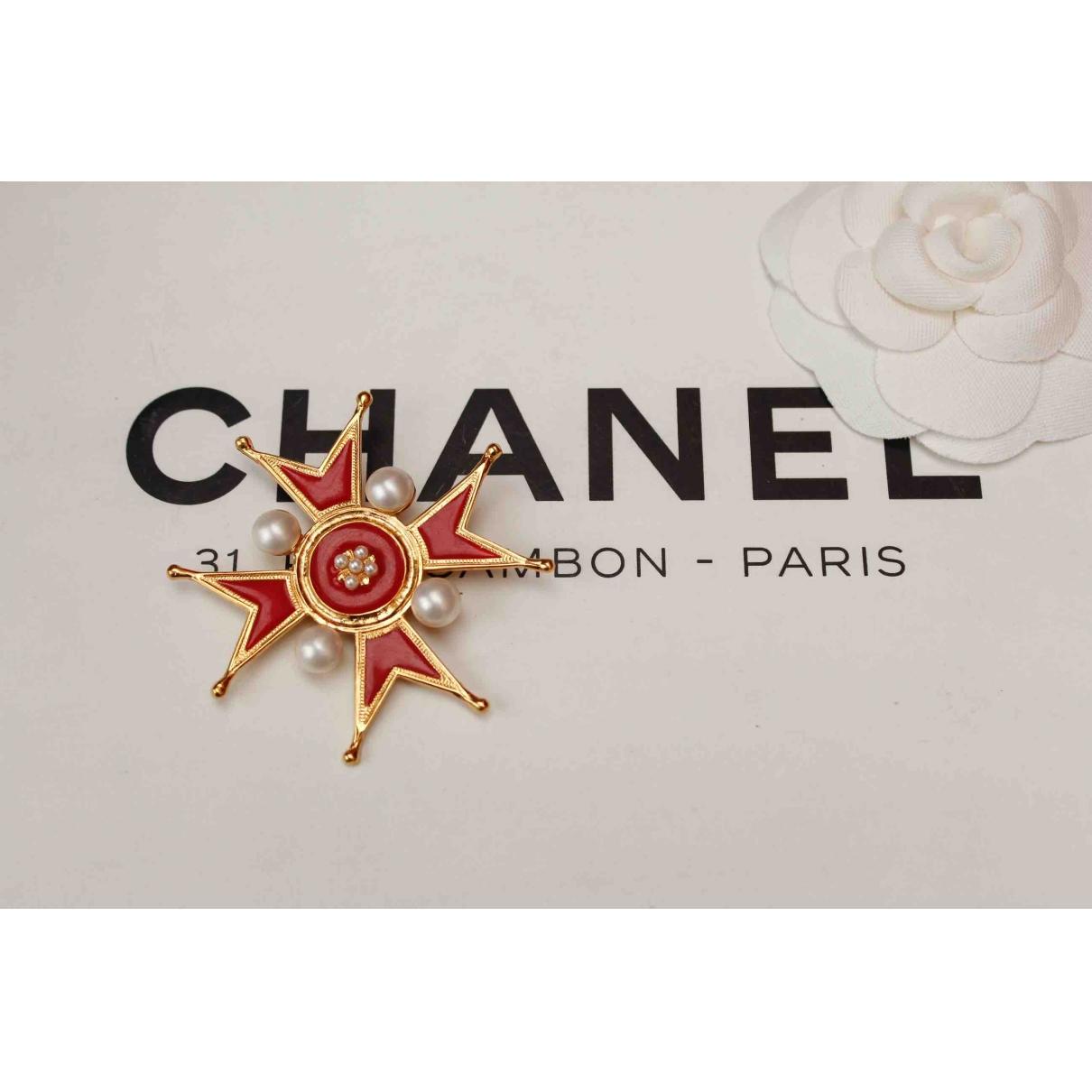 Broche Baroque en Metal Rojo Chanel