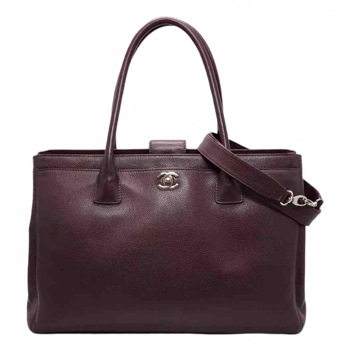 Chanel Executive Burgundy Leather handbag for Women \N