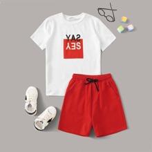 Boys Letter Graphic Top & Drawstring Waist Shorts Set
