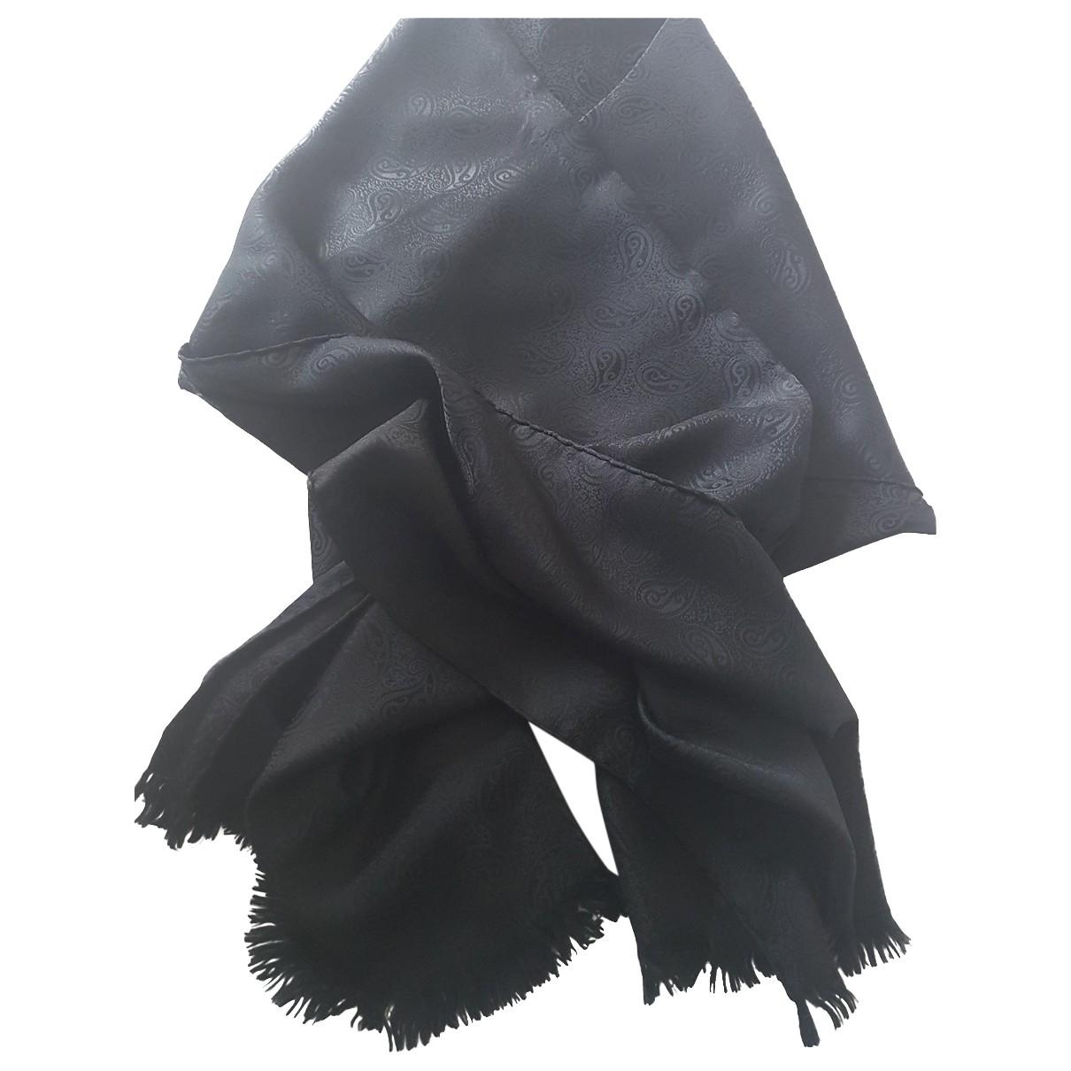 Giorgio Armani N Black Silk scarf for Women N