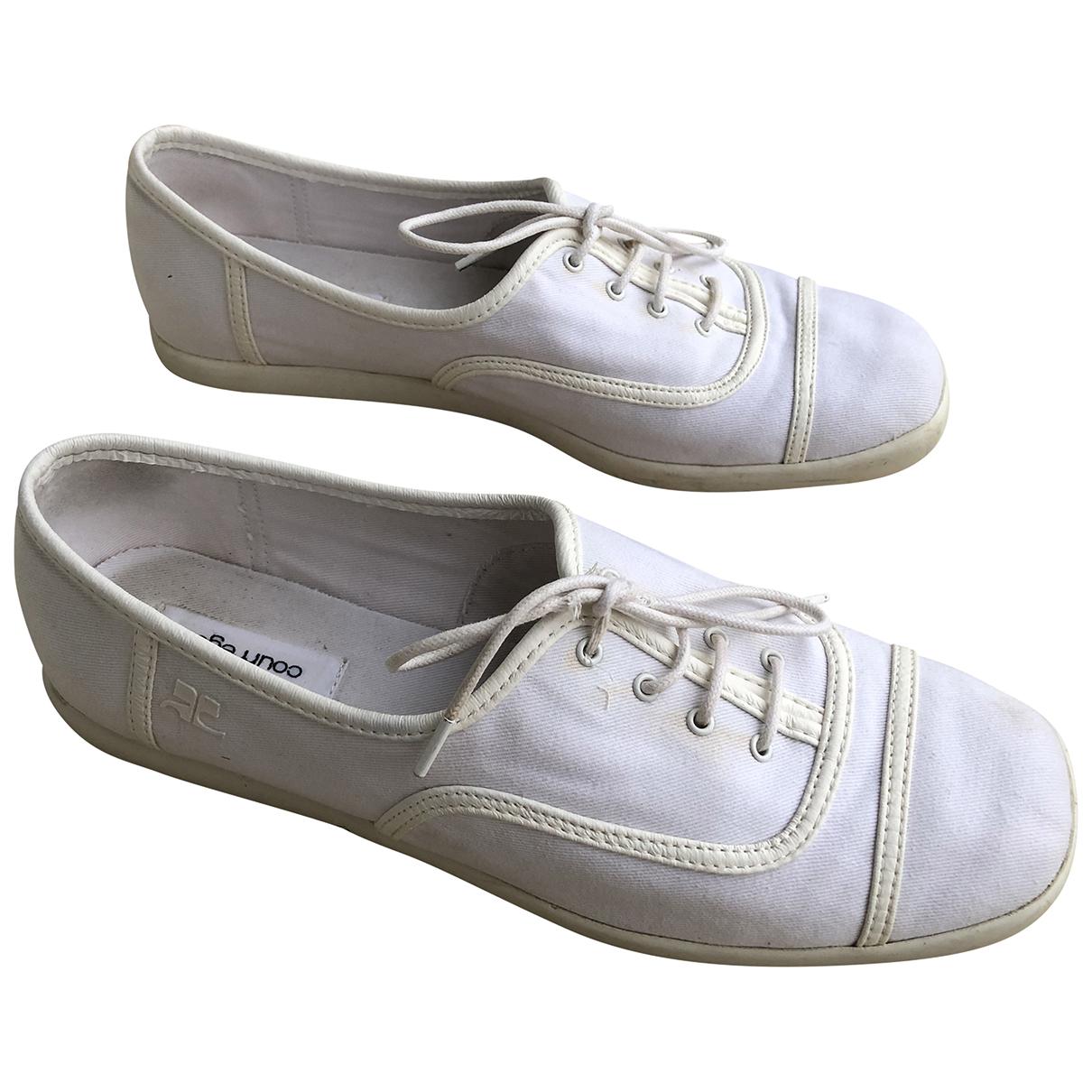 Courreges \N Sneakers in  Weiss Leinen
