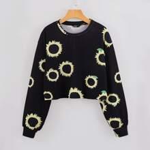 Crop T-Shirt mit Sonnenblumen Muster und sehr tief angesetzter Schulterpartie