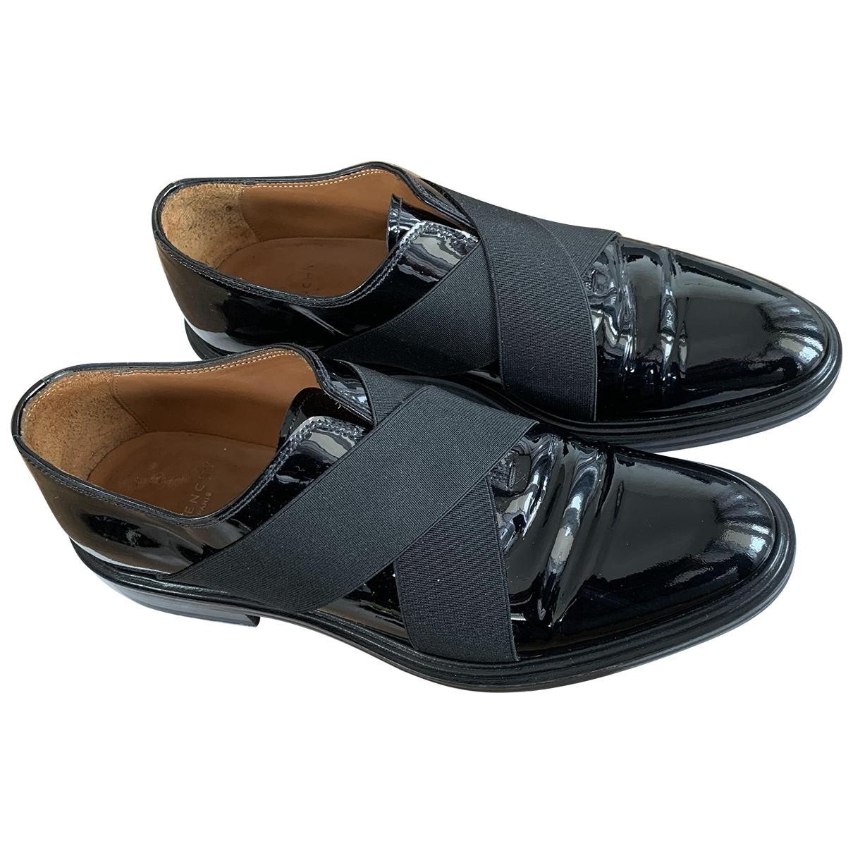 Givenchy - Derbies   pour homme en cuir verni - noir
