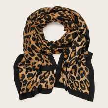 Pañuelo grafico de leopardo