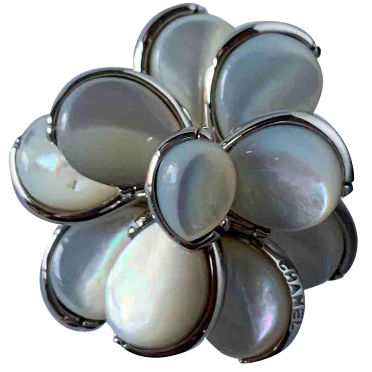 Chanel Camélia Silver Silver ring for Women 48 EU