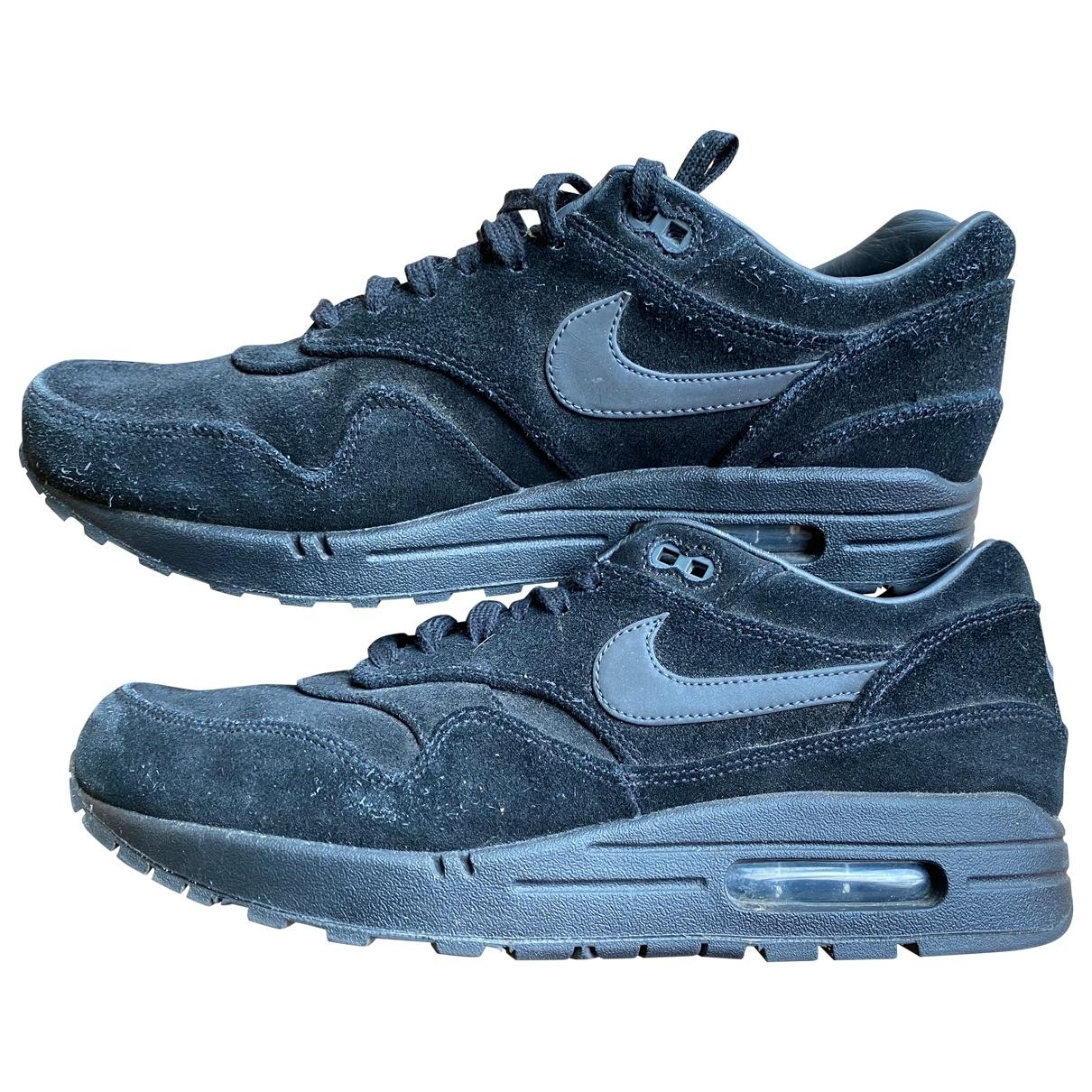 Nike Air Max 1 Sneakers in  Schwarz Veloursleder