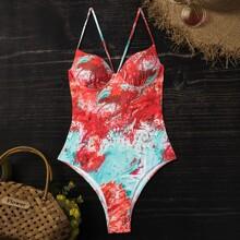 Einteiliger Badeanzug mit abstrasktem Muster
