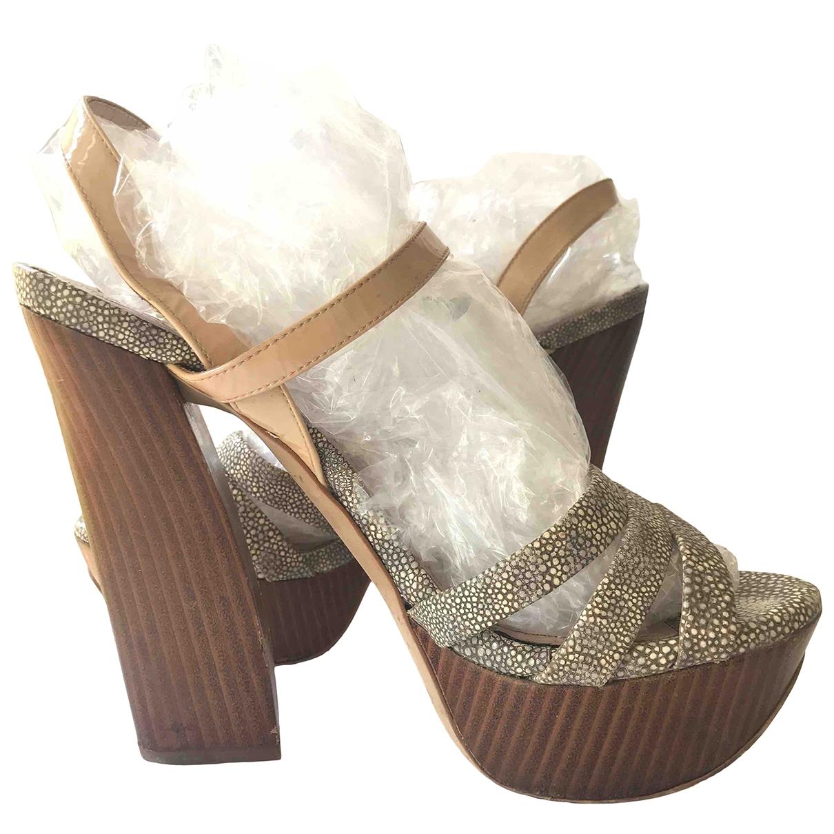 Sandalias de Cuero Vince Camuto