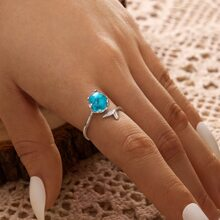 Fishtail Design Ring