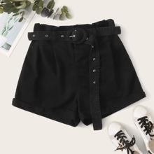 Shorts denim de cintura con volante con cinturon bajo de doblez