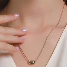 Halskette mit Geo Dekor
