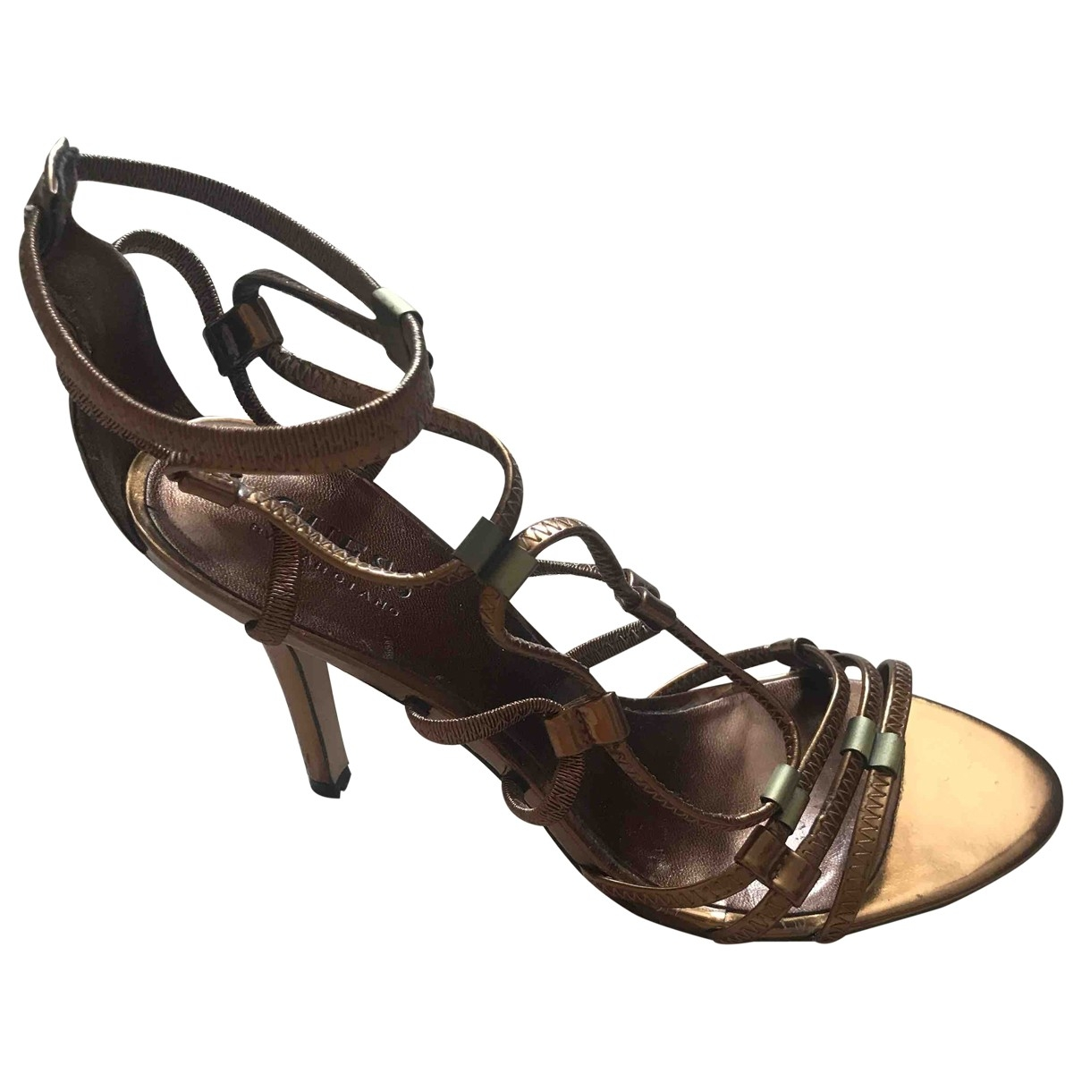 Guess \N Sandalen in  Metallic Lackleder