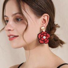Ohrringe mit Kunstperlen Dekor