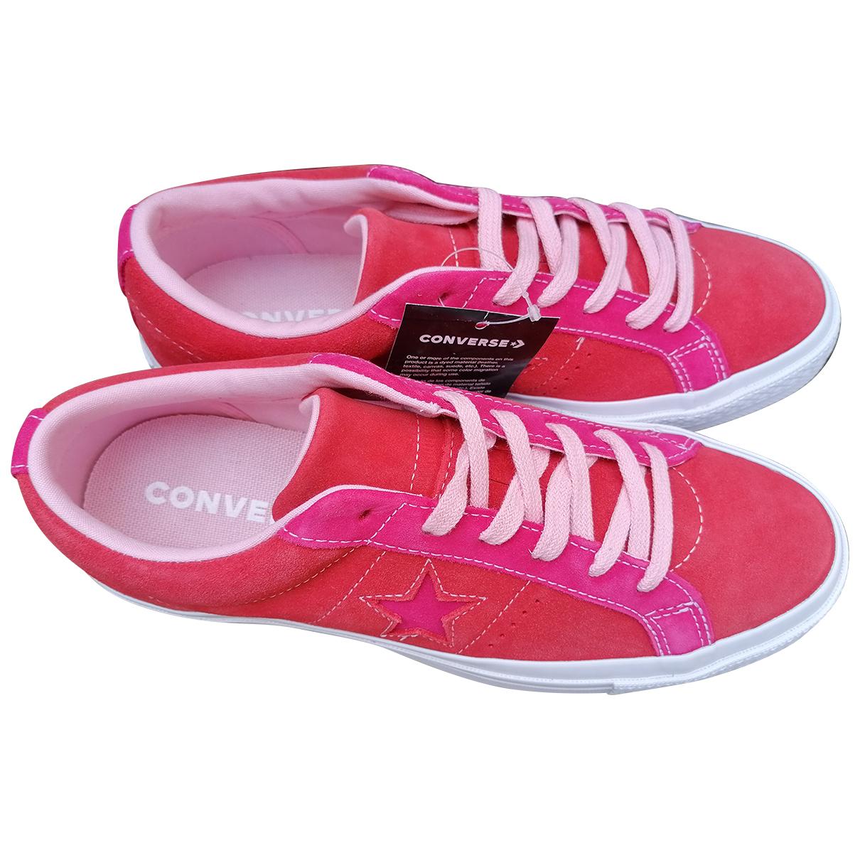 Converse \N Sneakers in  Rot Leder