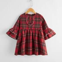 Babydoll Kleid mit Karo Muster und Knopfen vorn