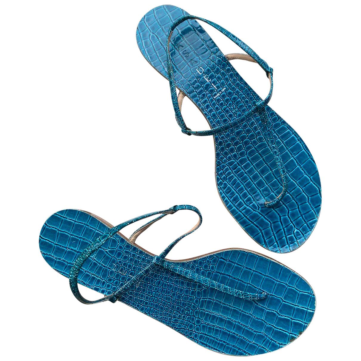 Casadei - Sandales   pour femme en crocodile - turquoise