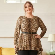 Top mit Leopard Muster, Rueschenbesatz und abfallendem Saum