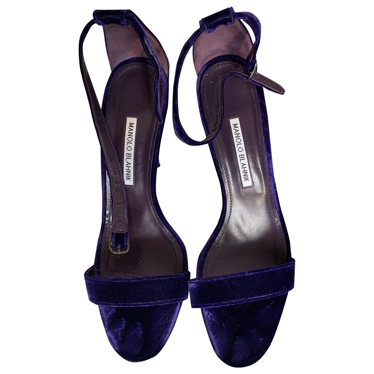 Manolo Blahnik - Sandales   pour femme en velours - violet