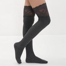 Calcetines de rodilla ribete con encaje