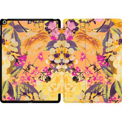 Apple iPad 9.7 (2018) Tablet Smart Case - Symmetric Spring von Zala Farah
