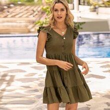 Einfarbiges Kleid mit Knopfen vorn und mehrschichtigem Saum