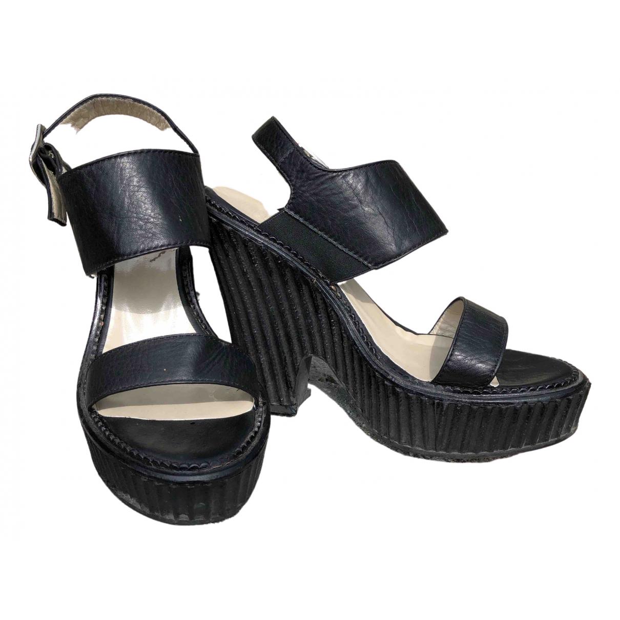 Max Mara \N Black Leather Sandals for Women 38 IT