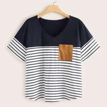 Grosse Grossen - T-Shirt mit Kontrast Einsatz und Streifen