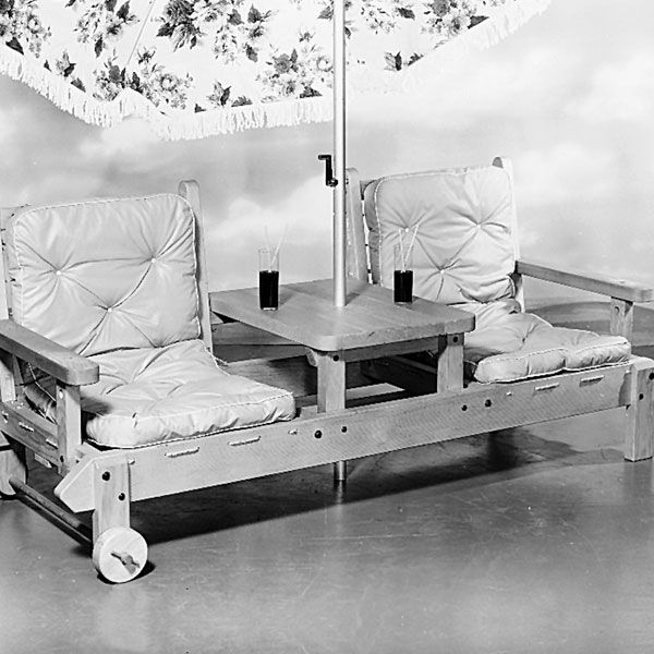 Woodworking Project Paper Plan to Build Patio Lounger, Plan No. 255